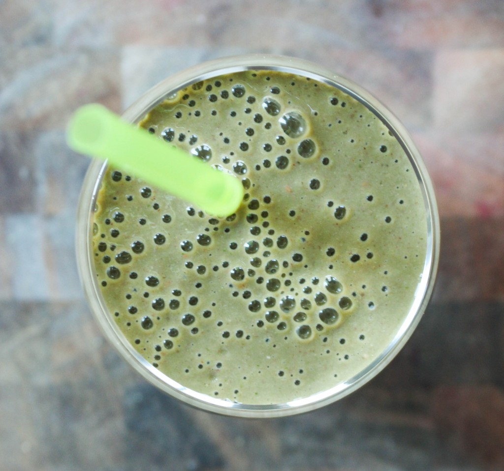 My Favorite Green Smoothie (made with banana, berries, spinach, yogurt, coconut water, and ground flax!) | Yes to Yolks
