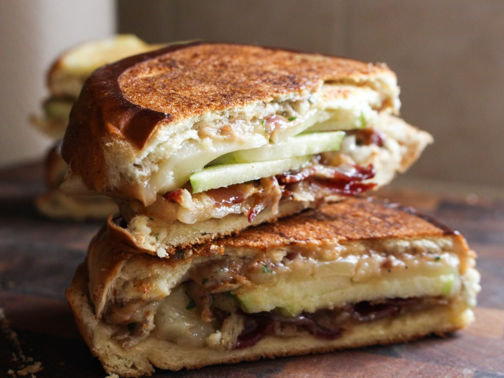 Grilled Cheese with Manchego, Bacon, Apples, & Red Onion Mayo | Yes to Yolks