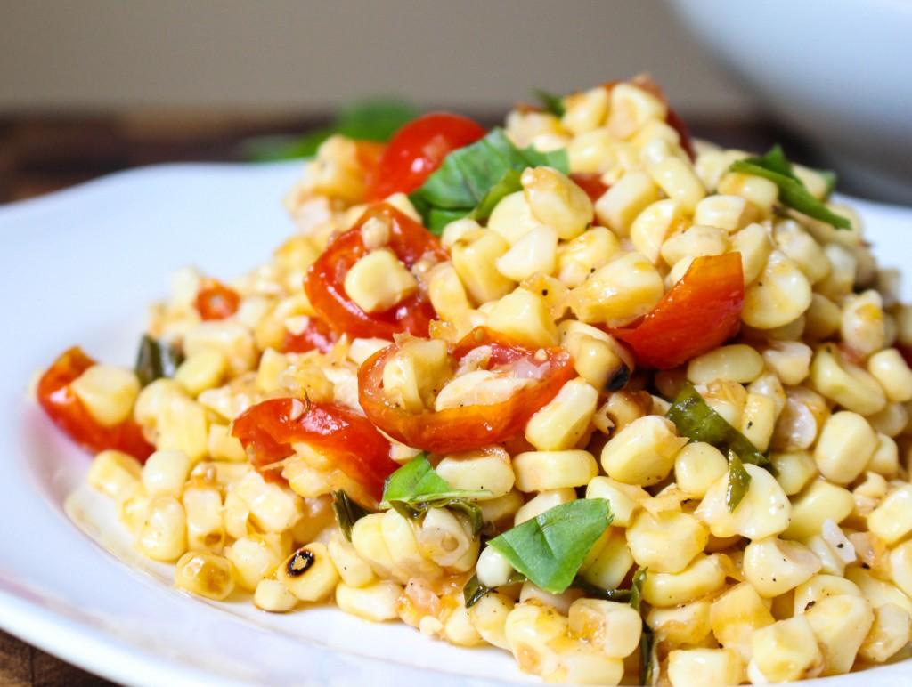 Grilled Corn & Tomato Salad with Shallot-Basil Vinaigrette | Yes to Yolks