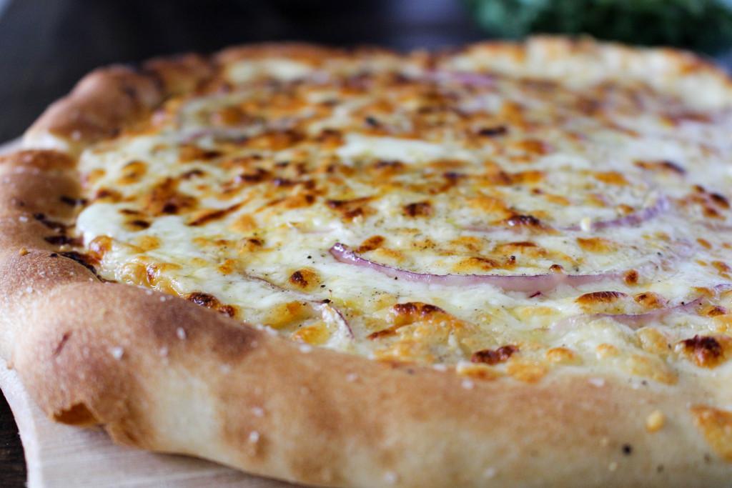 Fontina & Prosciutto Pizza with Lemony Arugula Salad   Yes to Yolks