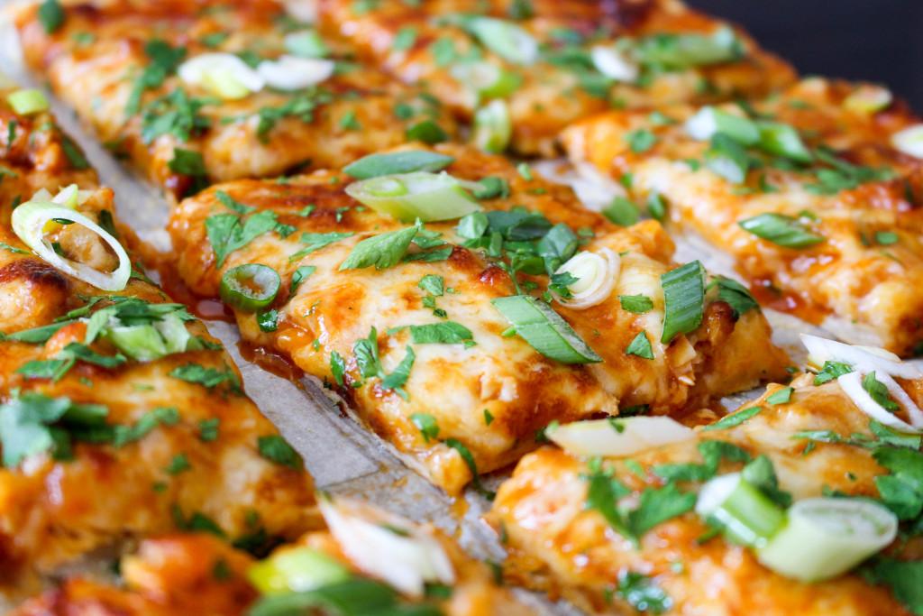 """Hot & Honey"" Buffalo Chicken Pizza | Yes to Yolks"