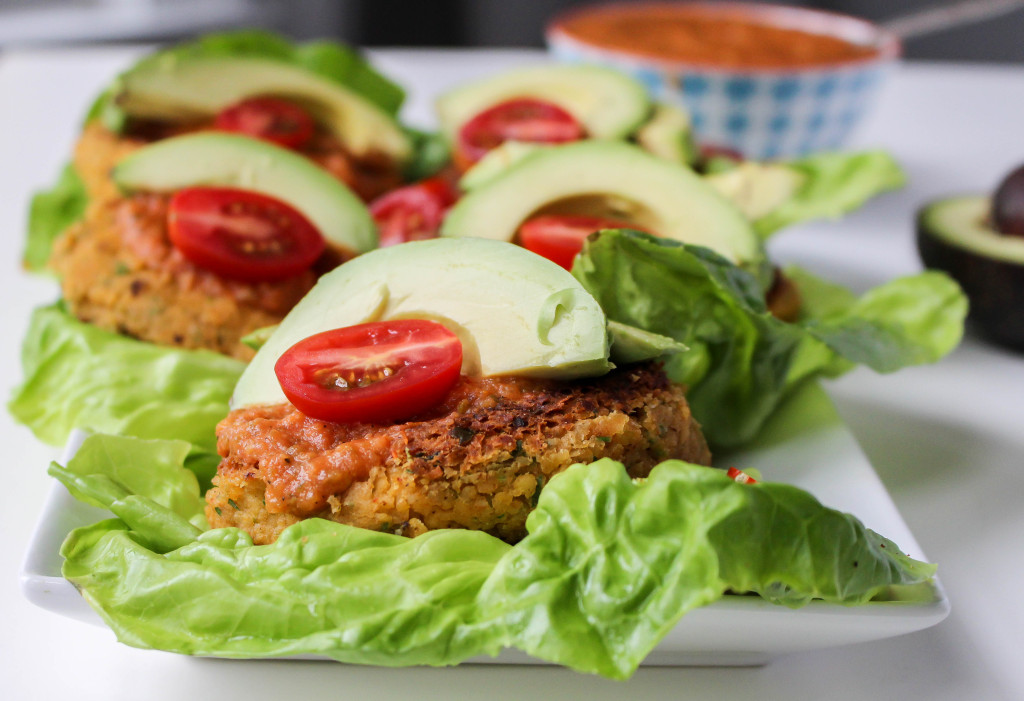 Taco-Spiced Bean Burgers with Smoky Roasted Tomato Salsa | Yes to Yolks