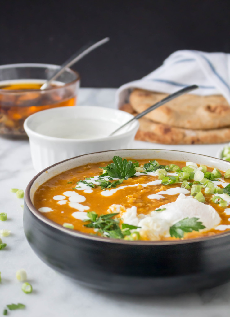 Lentil Soup with Poached Egg & Spiced Oil Drizzle - a hearty and healthy soup recipe that is warming and delicious! | yestoyolks.com