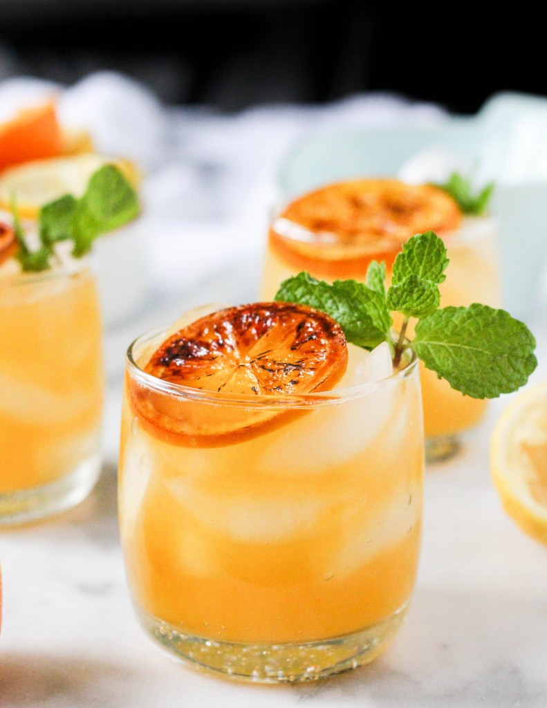 Boozy Clementine Lemonade with Brûléed Citrus & Mint   yestoyolks.com