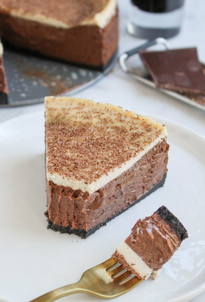 Irish Carbomb Chocolate Cheesecake | yestoyolks.com