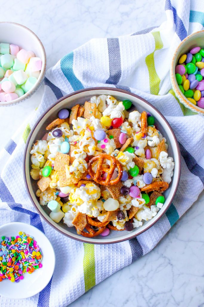 Marshmallow Popcorn Snack Mix