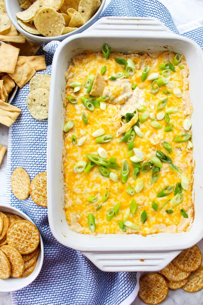 Cheesy Crab Rangoon Dip