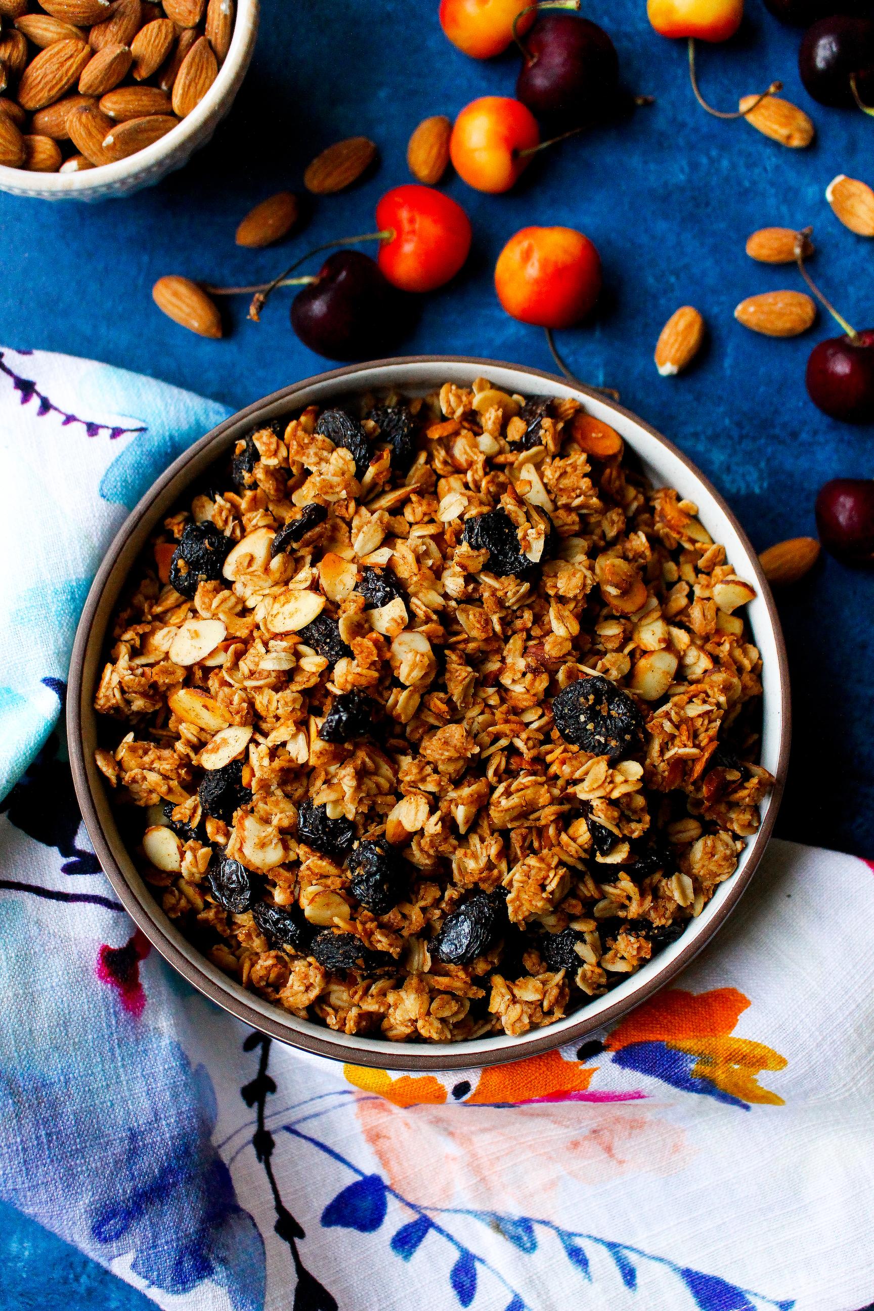 Low-Fat Cherry Almond Granola