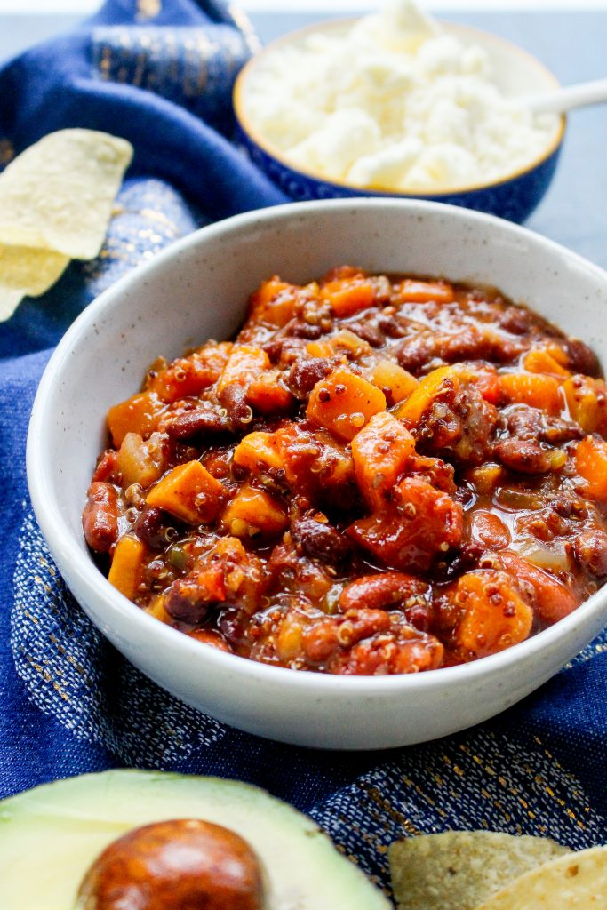 Crock-Pot Quinoa & Sweet Potato Bean Chili