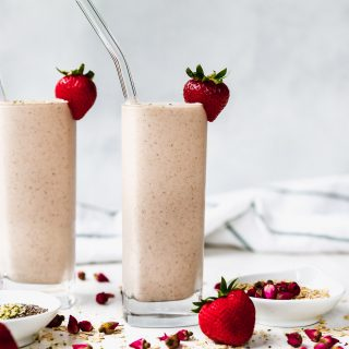 Easy PB & J Protein Smoothie