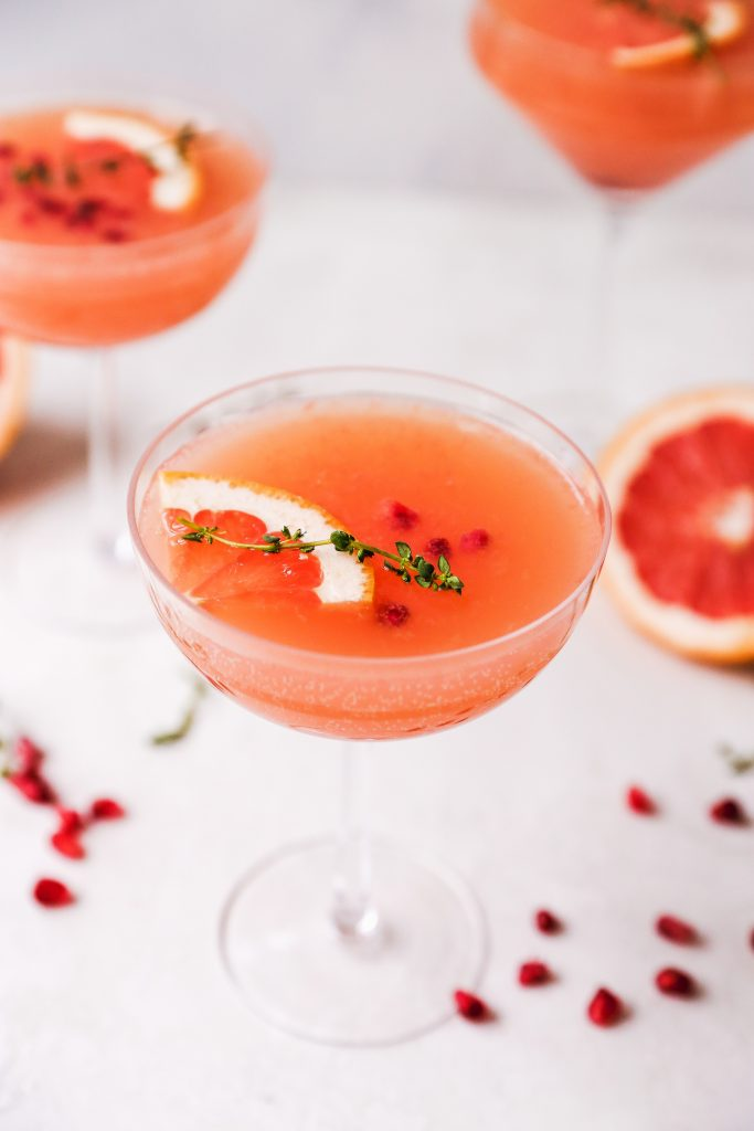 Grapefruit & Thyme Gin Spritzers