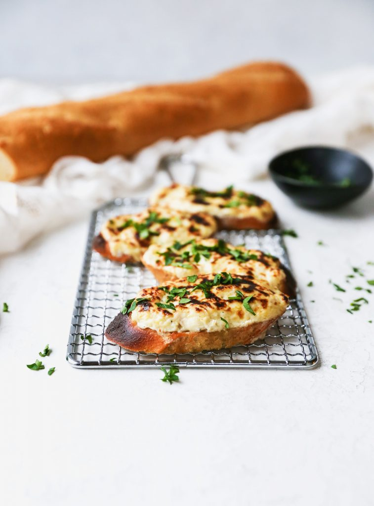 Caramelized Onion & Artichoke Dip Crostini