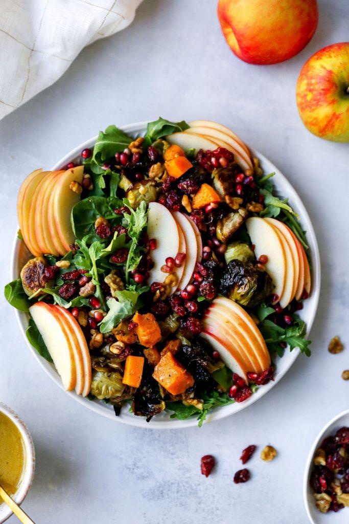 Honeycrisp Harvest Salad with Apple Cider Vinaigrette