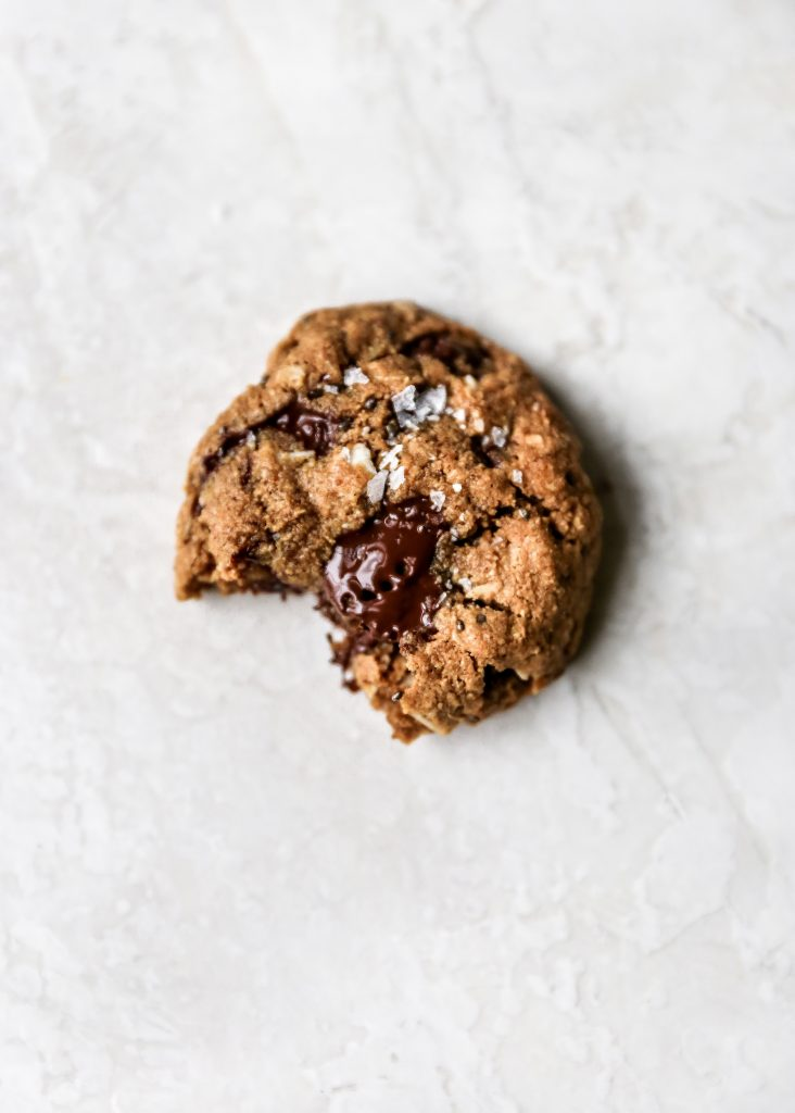 Healthier Coconut Chocolate Chip Oatmeal Cookies (gluten-free!)