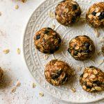 No-Bake Blueberry Oatmeal Protein Balls