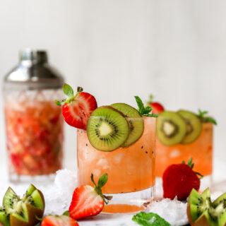 Strawberry Kiwi Vodka Smash